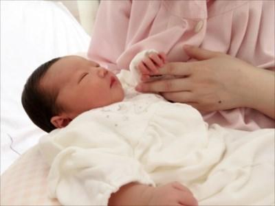 子供服着用イメージ画像 赤ちゃんには「ダブルガーゼ」のお洋服が肌にやさしい